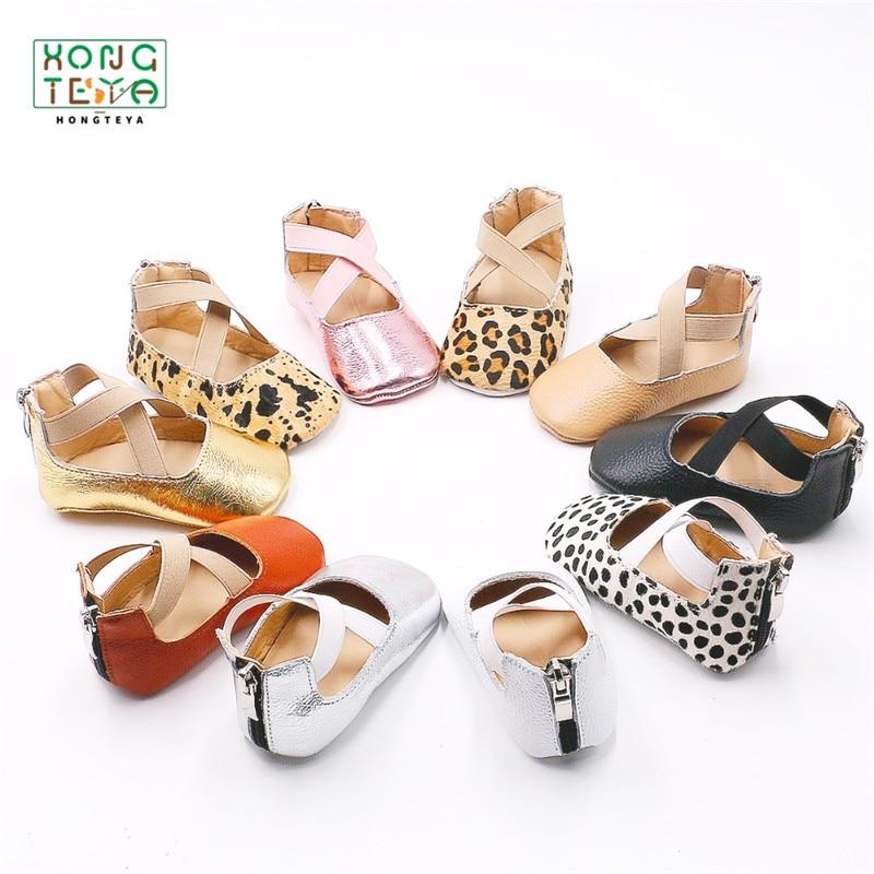 Балетки из натуральной кожи с леопардовым принтом для девочек, туфли на плоской подошве, обувь для начинающих ходить принцесс, мягкая неско...