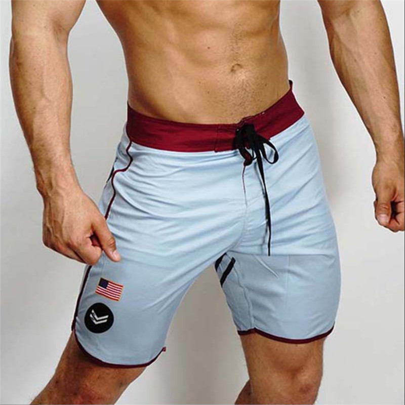 NEW Men Breathable Shorts Fitness Bodybuilding Fashion Casual Gyms Male Joggers Workout Beach Slim Short Pants Short Masculino