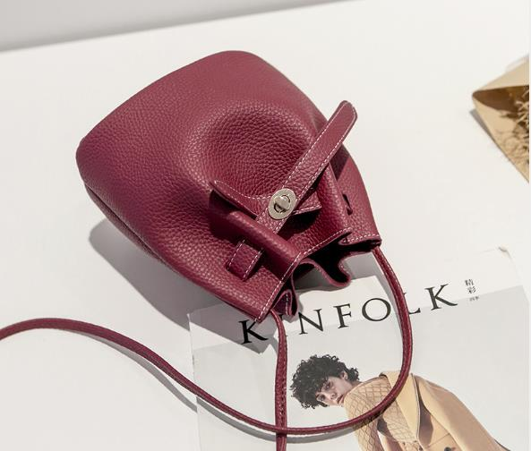 Women Shoulder Bag Fashion Simple Cross-body Bag Casual Purses And Handbags Delicate Buckle Mini Square Bags For Women