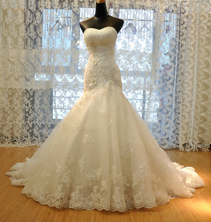 Custom Made Luxurious Croset Bodice Top Quality Appliques Crystal Lace Wedding Dress 2016 Bride Dresses Sexy Sweetheart A-line