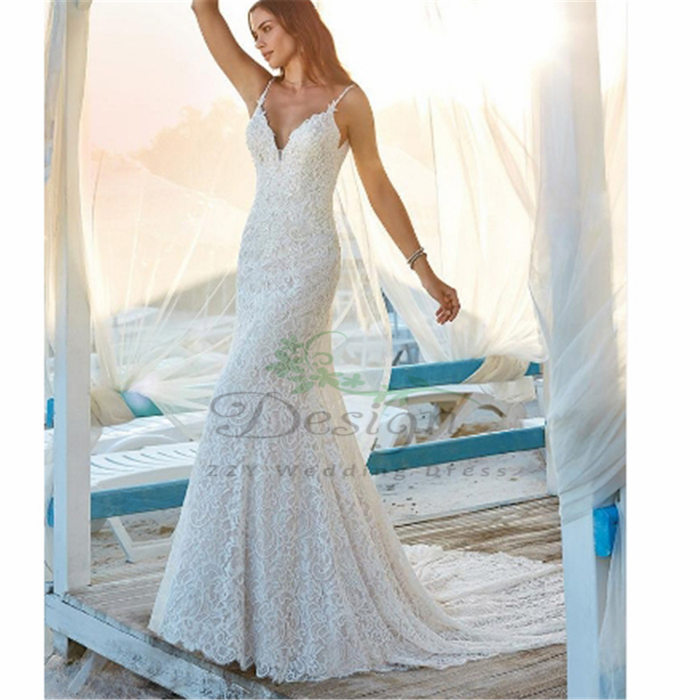 Modern White Spghetti Straps Lace Court Train Appliques Beading Dropped Sheath Vintage Backless Vestidos De Noiva 2019