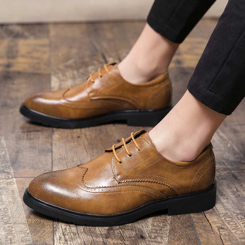 Misalwa超おすすめエレガントな男性フォーマルな革靴レトロブラウン英国男性ブローグファッションヴィンテージオックスフォードドレスシューズ感動