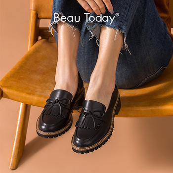 dongnanfeng women female old mother shoes flats loafers casual slip on cow genuine leather pu bow round toe spring 34 43 qbl 922 BeauToday Tassel Loafers Women Calfskin Genuine Cow Leather Bow-knot Round Toe Spring Autumn Ladies Slip-On Flats Handmade 27705