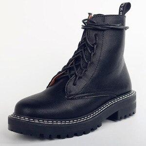 Image 2 - Doratasia 2020 빅 사이즈 43 패션 오토바이 부츠 브랜드 디자인 발목 부츠 여성 신발 신발 끈 멋진 신발 여성 부츠 여성