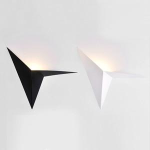 Image 1 - LED nowoczesny minimalistyczny trójkąt żelaza sztuki kształt kinkiety styl skandynawski kryty kinkiety oświetlenie do salonu 5W / 3W AC85 265V