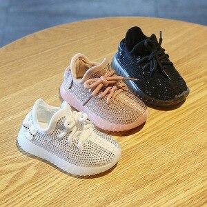 Image 3 - Nowe dziecięce trampki Rhinestone buty z włókna kokosowego jesień 0 2 lat chłopięce buty sportowe dziewczęce buty dla małego dziecka miękkie dno obuwie dziecięce