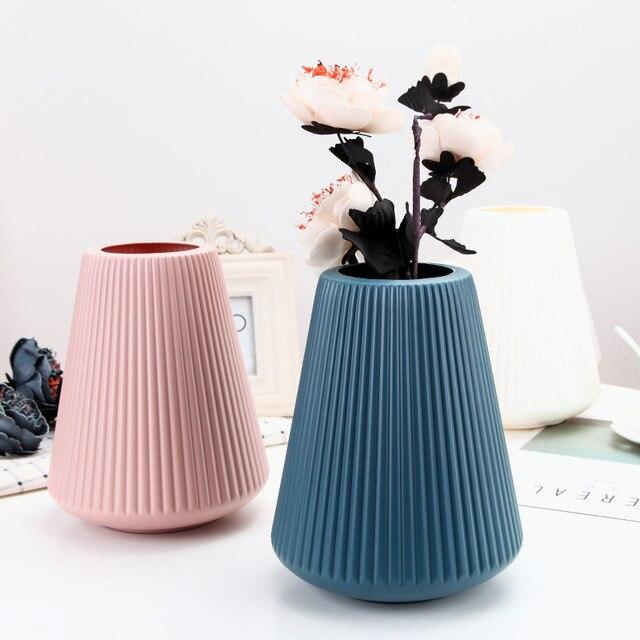 Origami White Plastic Vase Imitation Ceramic Artificial Flower Bottle Flower Vase for Dining Table Nordic Decoration Home Pot 4
