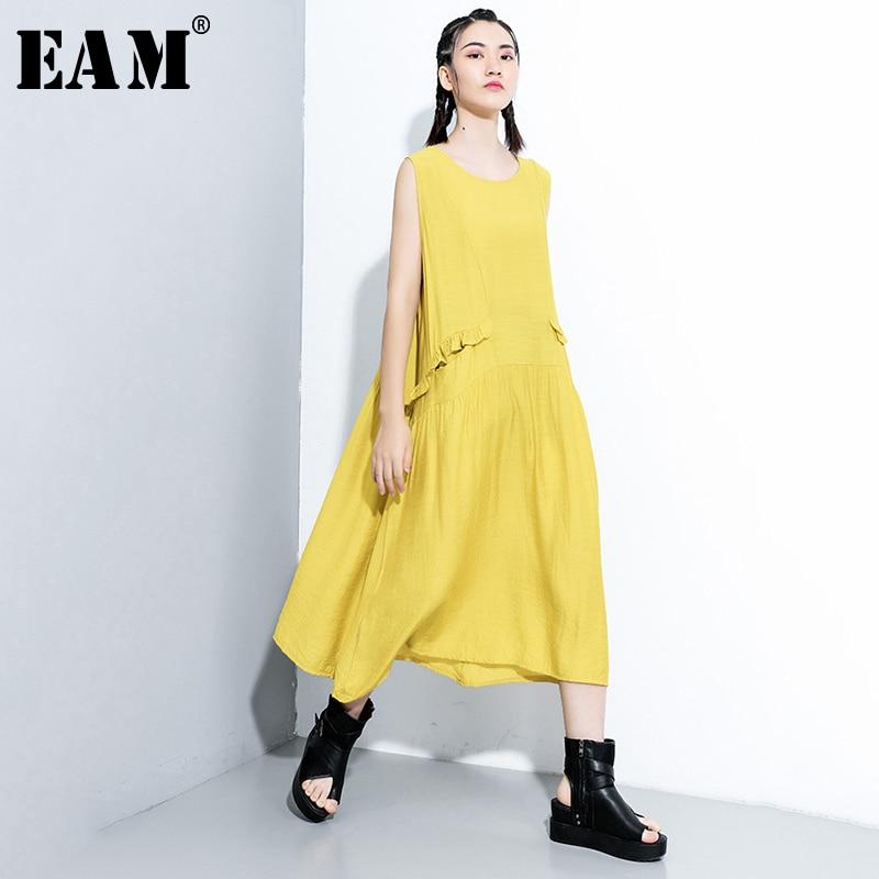 [EAM] Women Yellow Ruffles Split Joint Long Dress New Round Neck Sleeveless Loose Fit Fashion Tide Spring Summer 2020 1X910