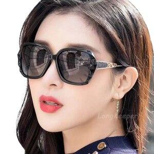 Image 2 - Retro klasik güneş gözlüğü kadın büyük boy Oculos De Sol Feminino moda Sunglaasses kadınlar marka tasarımcısı ucuz güneş gözlüğü kız