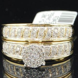FDLK 2pcs / Set Ladies Ring Gold Color Crystal Inlaid Delicate Engagement Wedding Ring Set Banquet Cocktail Jewelry