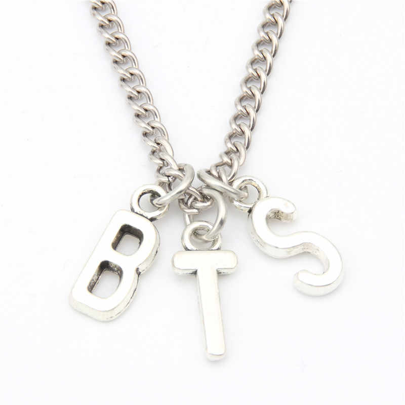 Hot Ancient Silver English Alphabet Charm Pendant Necklace Fashion Creative Designer Necklace Women Men Jewelry Best Friend Gift