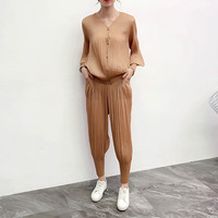 Plus Size Pant Suits 2019 Autumn Elastic Miyake Pleated V Neck Long Sleeved Cardigan Top + Harem Pants Set For Women 45 75kg