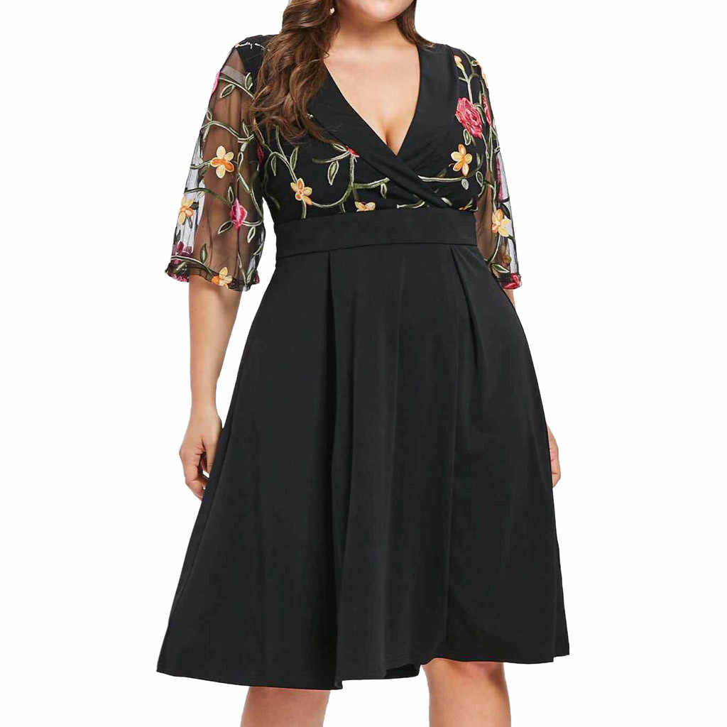 5XL Women Casual Floral Short Sleeve Lace hollow out Plus Size 5XL Solid Applique deep V-Neck Dress women vestidos 2020