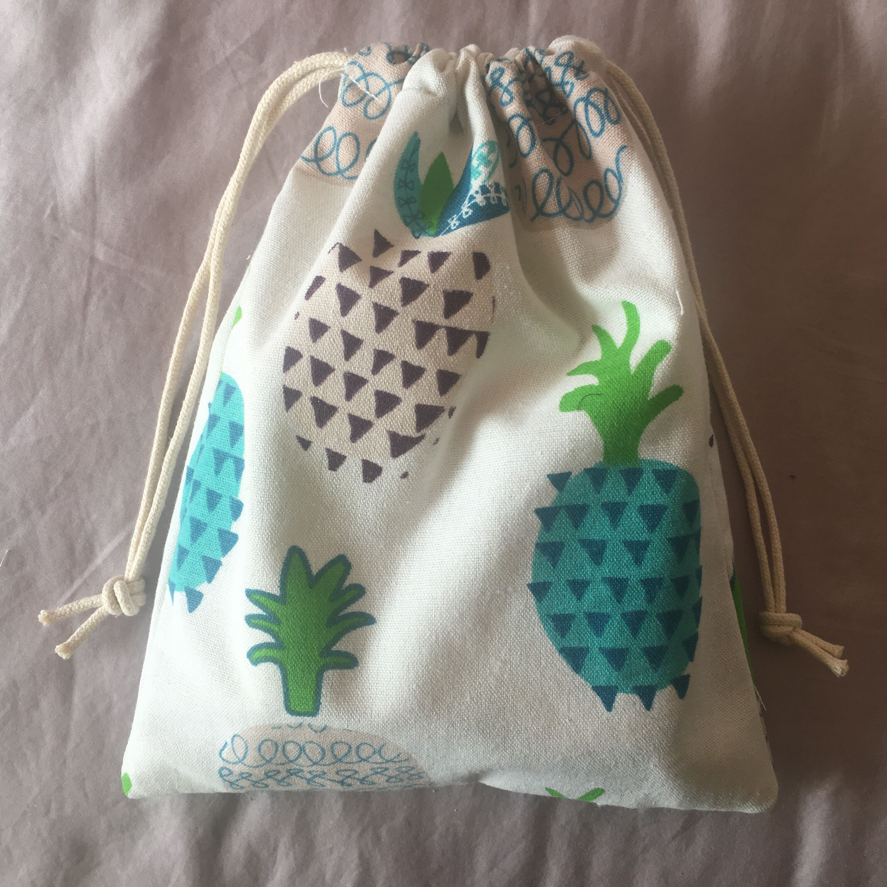 Cotton Drawstring Pouch Home Organized Party Gift Bag Pineapple Blue 20312d