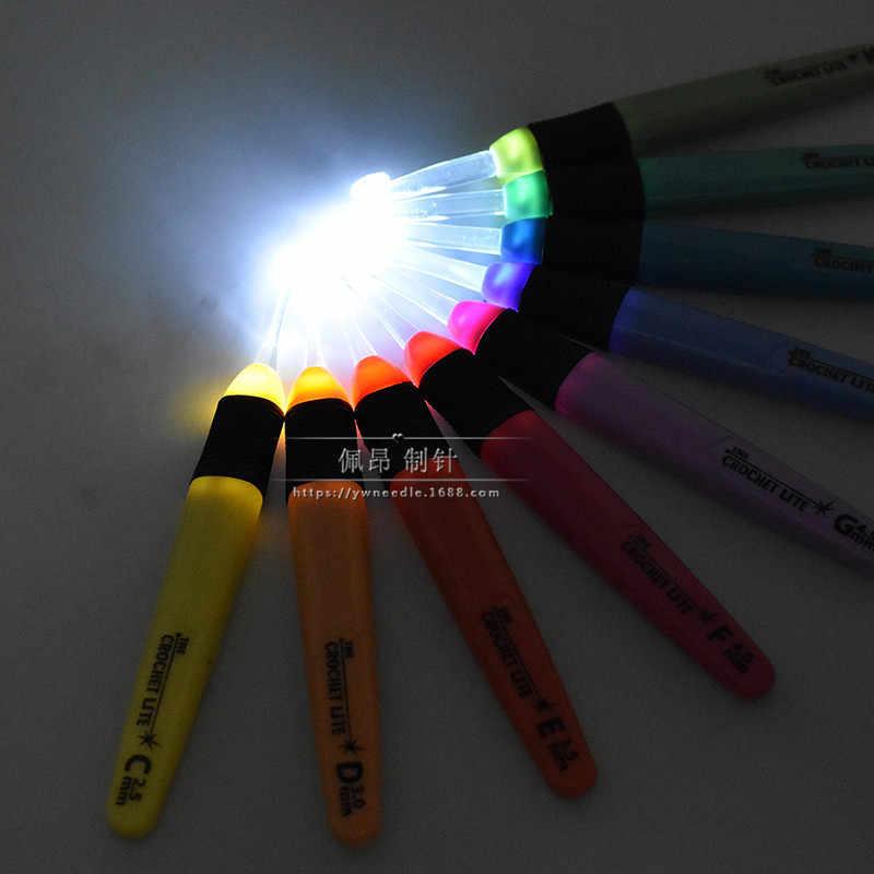 2019 nieuwe aluminium 2.5mm-6.5mm kleur haak naaien tool LED gehaakte lamp licht haak handmatige DIY breien tool