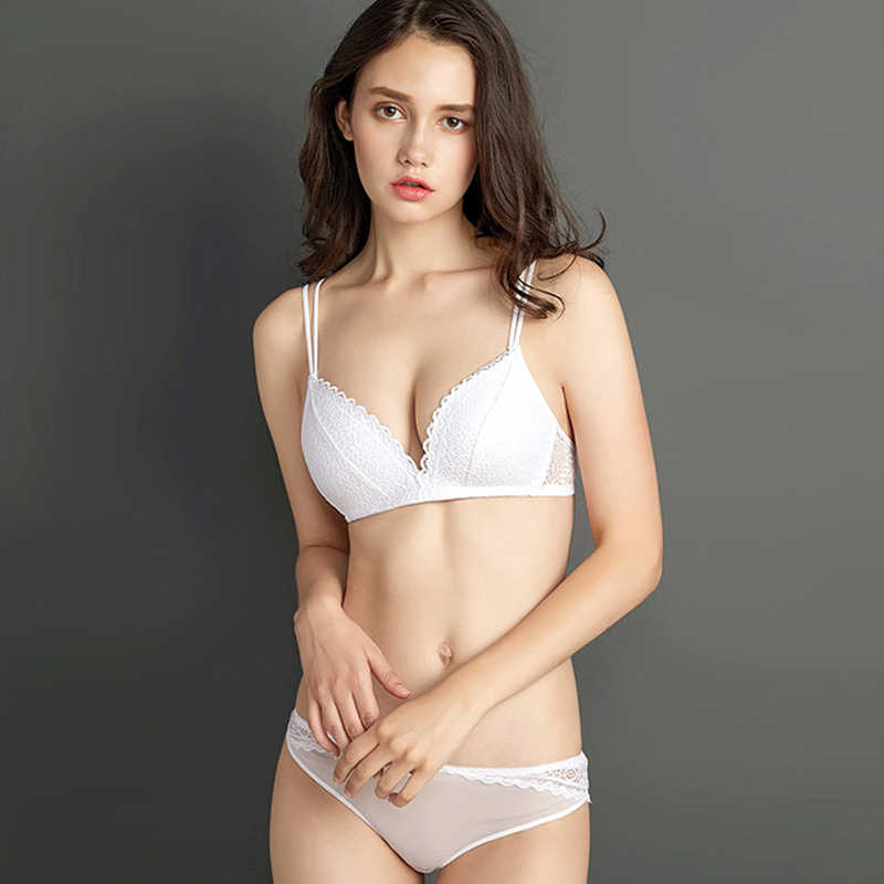 Perfering New Push Up Lace Bra Set Gather Bralette Seamless Brassiere Women WireFree Fashion Smooth Underwear Sexy White Black