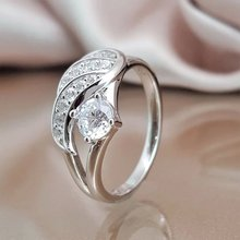 2020 Fashionable Lady Sparkling Angel Wings And Zircon Ring Engagement Wedding Anniversary Ring Party Jewelry Premium Design