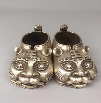 Chinese Handmade Tibet Silver Carved Tiger Head Shoes Animal Statue Safe And Good Luck Gift Home Decoration
