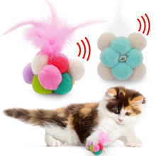 Funny Cat Toy juguetes para gatos Ball Catnip Feather Bell Pet 8cm/3inch Cleaning Teeth Cats Kitten Product D40