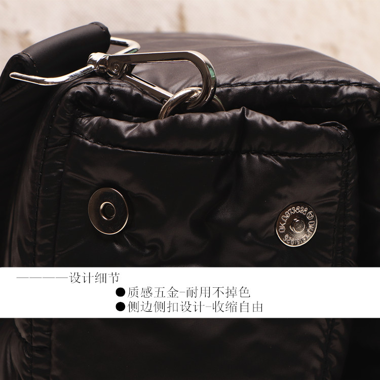2020 Winter Luxury Handbag Women Space Pad Cotton Feather Down Bag New Female Shoulder Crossbody Bag Top-handle Bags Designer