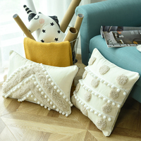 Luxury Home Decor Handmade Embroidery Pillow Cover Circle With Pompom Cushion Cover Decorative Pillow Case Pillow Sham 45x45cm