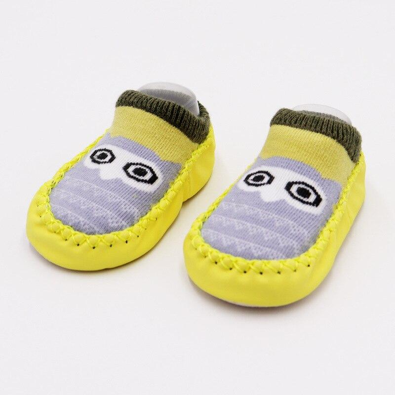 Г. Модные детские носочки с резиновой подошвой, носки для младенцев осенне-зимние детские носки-тапочки для новорожденных нескользящие носки с мягкой подошвой - Цвет: Yellow owl