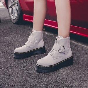 Image 4 - Милые ботинки на платформе; женская зимняя обувь; коллекция 2019 года; модная женская обувь из искусственной кожи на молнии; ботильоны с пряжкой в форме сердца