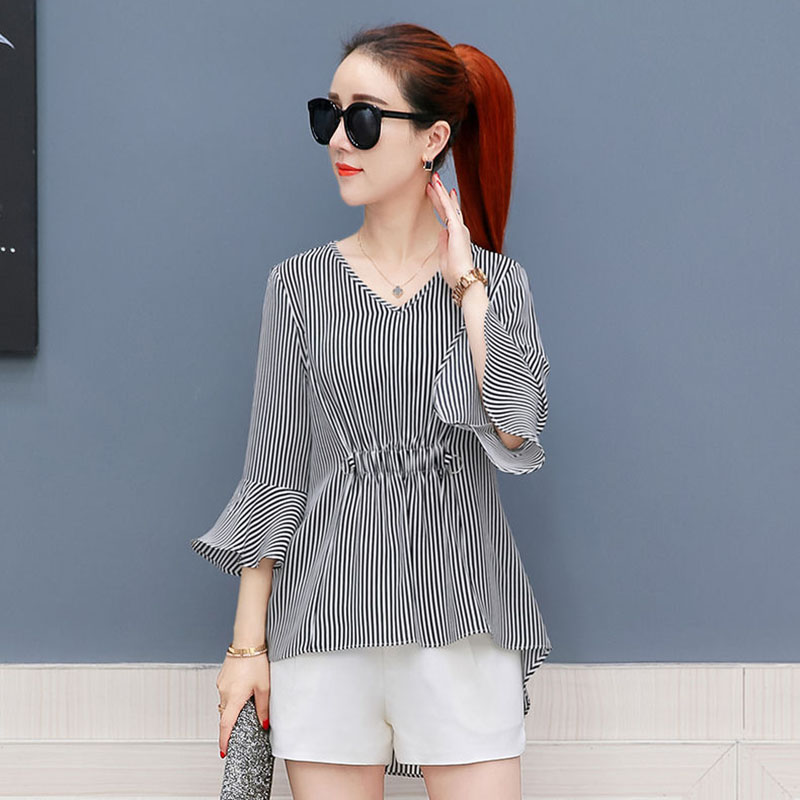 Women Spring Summer Style Chiffon Blouses Shirts Lady Casual V-Neck Striped Printed Half Flare Sleeve Blusas Tops DF2999