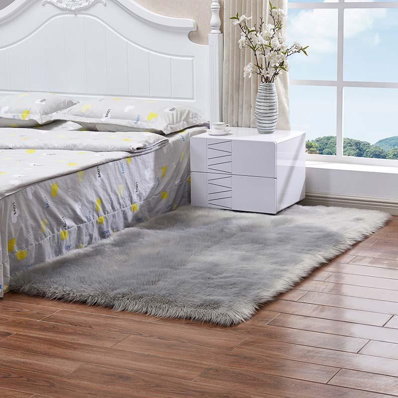 Очень мягкие прямоугольные коврики из искусственного меха овчины для спальни, напольный ворсистый шелковистый плюшевый ковер, белый ковер из искусственного меха, прикроватные коврики - Цвет: grey