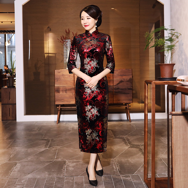 Classic Oriental Cheongsam Women Qipao Vintage Button Velvet Formal Party Dress Vestidos Long Sexy Embroidery Chinese Dress
