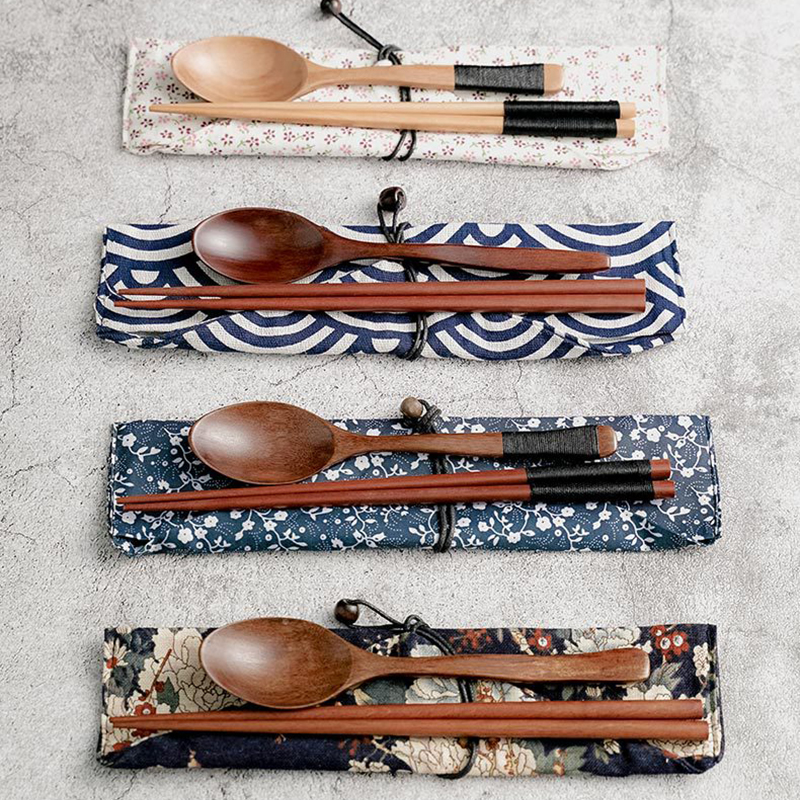 Chinese Chopsticks Environmentally Friendly Portable Wooden Cutlery Sets Wooden Chopsticks With Clothes Bag And Spoons Travel