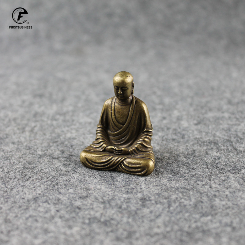 Antique Bronze Buddha Statue Mini Portable Brass Bodhisattva Sculpture Ornaments Home Feng Shui Decor Office Desk