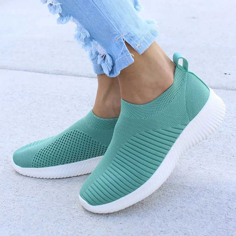 Damyuan 2020 แฟชั่นรองเท้าผู้หญิงขนาดปลั๊ก Comfortables Breathable หนังน้ำหนักเบา LADIES SLIP บนถุงเท้ารองเท้า