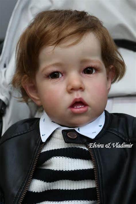 28 дюймов Большой размер огромный малыш reborn baby doll комплект Лиам мягкая на ощупь Платье Яркого цвета