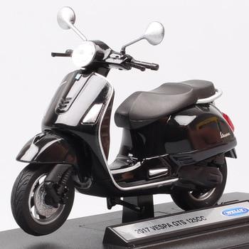 Modelo de motocicleta Welly 2017 Vespa GTS para niños, escala 1:18, 125cc, fundido a presión, vehículos de moto, modelo de juguete, réplicas de recuerdo, regalo para niños