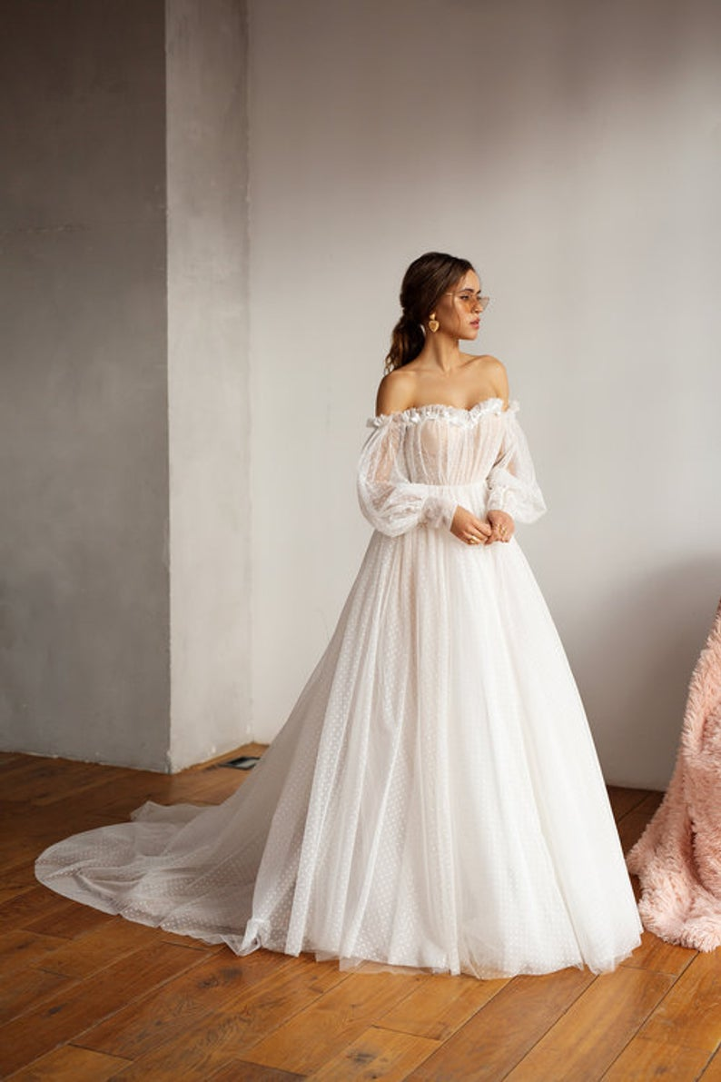 2019 Boho Wedding Dress Puff Sleeves Bridal Gowns Backless  Off The Shoulder Vestido De Noiva Lorie Wedding Gowns For Women