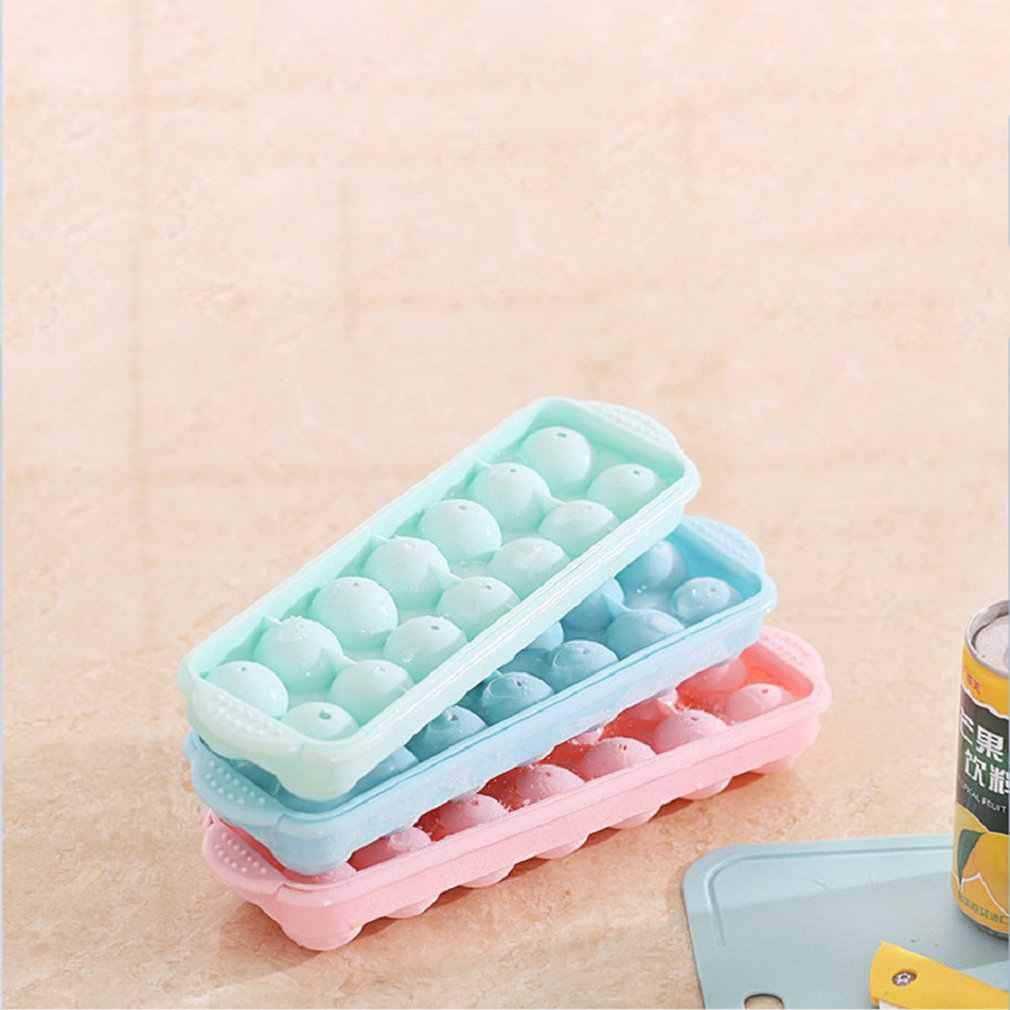 14 ثقوب كرات مستديرة قالب الثلج صينية بلاستيكية هوكي الجليد شبكة صنع صندوق قوالب مع غطاء لون عشوائي قالب الثلج