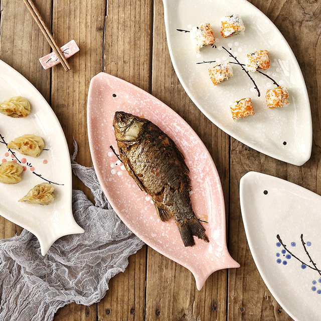 16 Inch Japanese Handpainting Fish Shape Ceramic Plate Snowflake Glaze Plum Porcelain Dinner Plate Floral Steak Dishes Tray