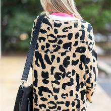 2019 Autumn and Winter Amazon eBay new temperament commuter long-sleeved loose large code Leopard pattern knitting pullover