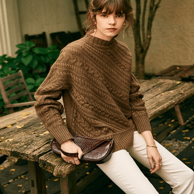 High-end Cashmere Sweater Female European And American Cashmere Sweater Female Round Neck Loose Sweater To Keep Warm