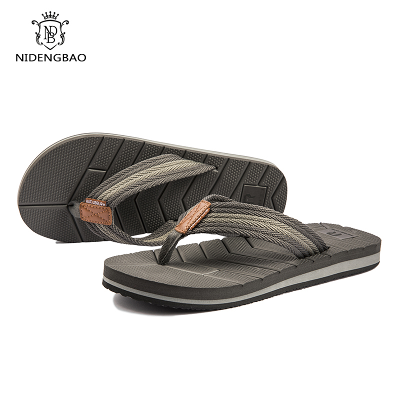 Summer Slippers Drainage Non-Slip Design Men Beach Shoes Outdoor Comfort Flip Flops Men Size 40-50 Pantuflas Zapatos De Hombre