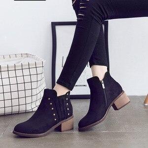 Image 2 - รองเท้าหนังนิ่มสำหรับสตรีแพลตฟอร์มรองเท้าผู้หญิงรองเท้ารองเท้าสไตล์ Street