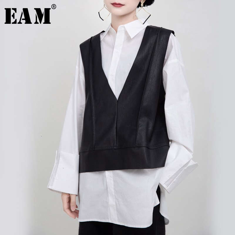 [EAM] Women Loose Fit Black Pu Leather Big Size Temperament Vest New V-collar Sleeveless   Fashion Tide Spring Autumn 2020 1M940