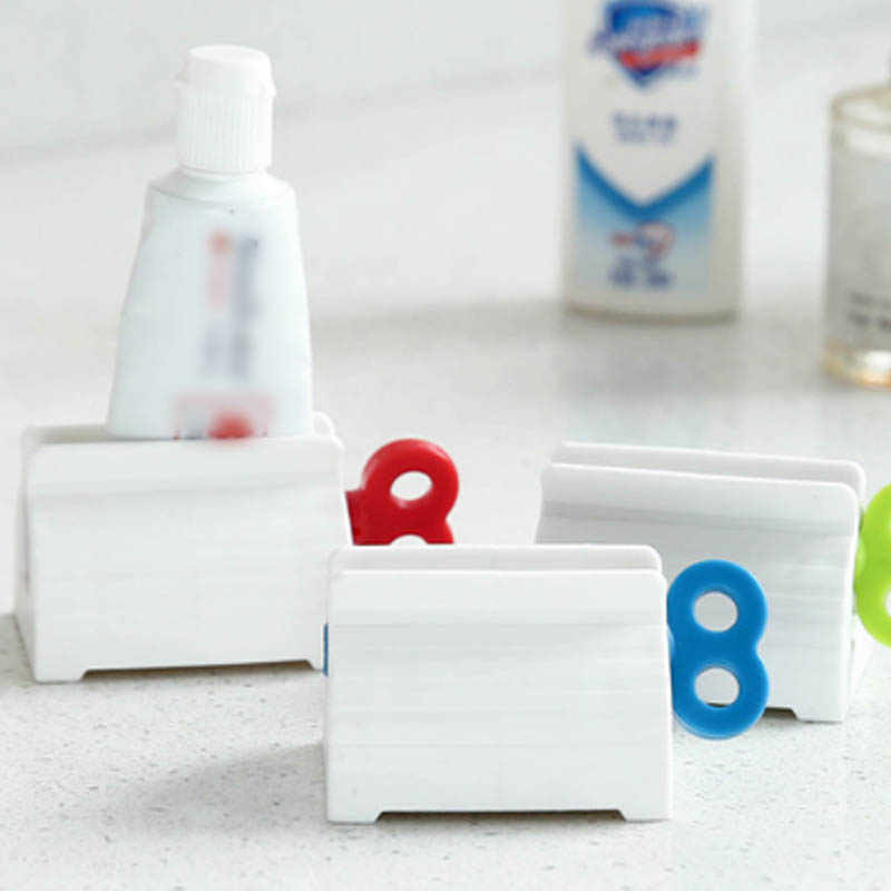 Plastic Rolling Tube Toothpaste Squeezer Bathroom Facial Cleanser Squeezing Dispenser Organizer Roller Type Bathroom Supplies