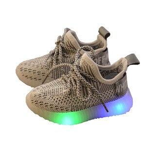 Image 1 - LED ışık ayakkabı çocuk çocuk kız spor rahat işıklı Sneakers yürümeye başlayan çocuklar için ışık örgü hava örgü öğrenci
