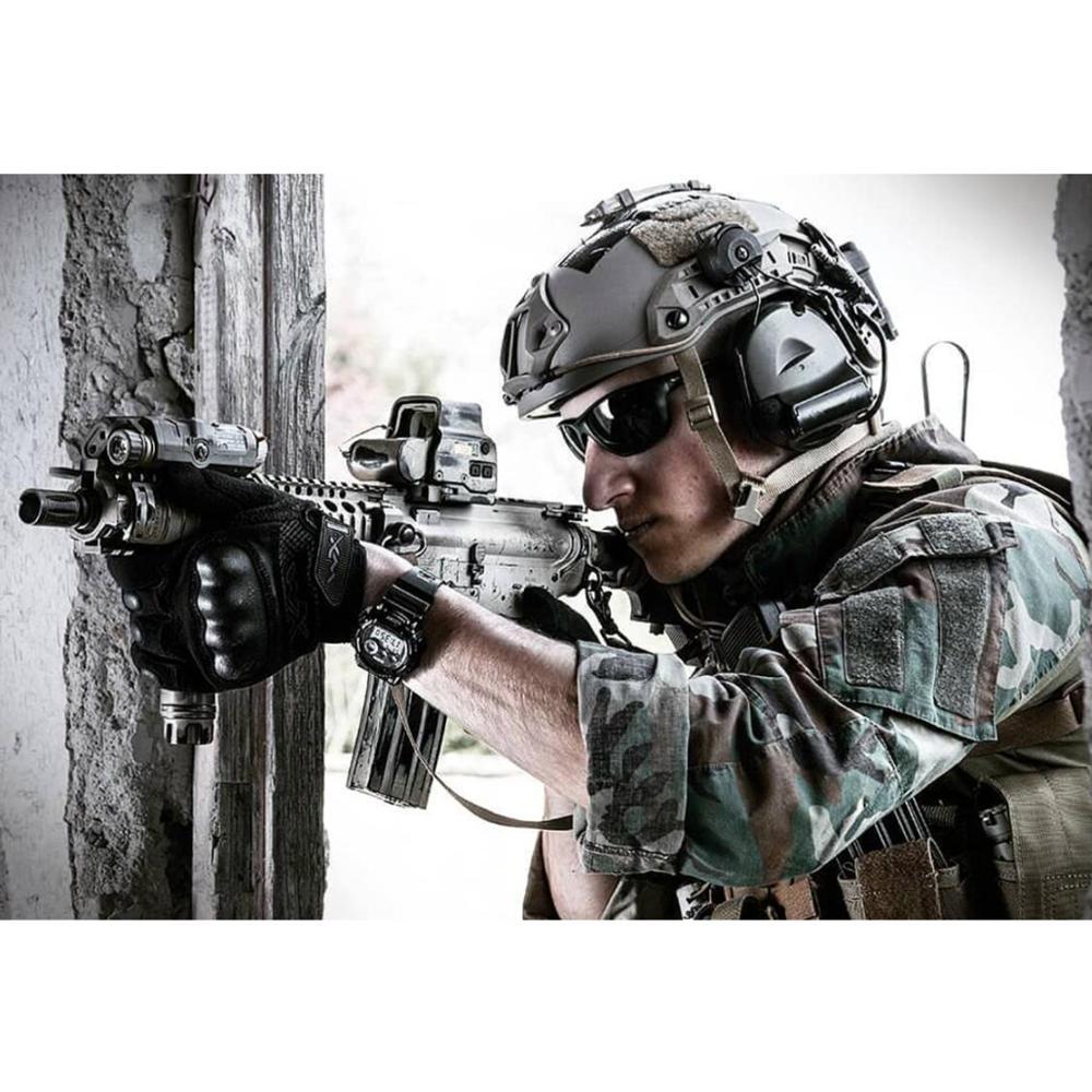 Купить с кэшбэком COMTAC II helmet bracket version headset Airsoft military Tactical headphone noise reduction pickup shooting hunting Earmuffs FG