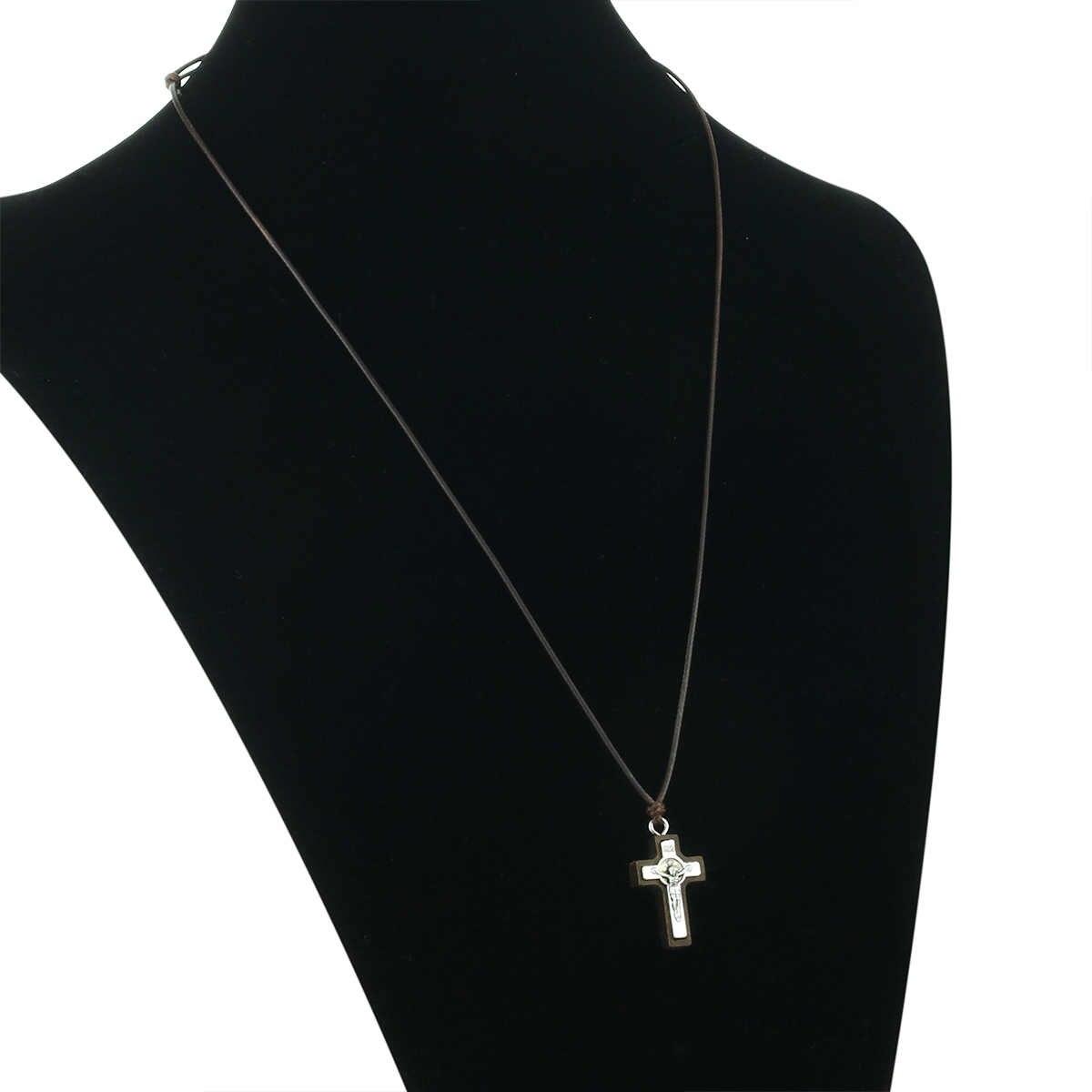 קתולי קטן עץ לטיני צלב צלב תליון שרשרת דתי ישו INRI שרשרת תכשיטי הכנסייה לנשים גברים מתנות MN308