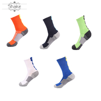 Custom wholesale men's crew grip sports rubber anti slip knee high basketball socks compression sport socks
