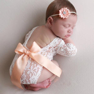 Newborn Lace Bow Backless Jumpsuit Photo Clothing Solid Color Lace Hair Band Set Baby Girl Photography Props Photo shoot Souveni