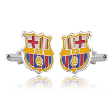 Factory direct FCB Barcelona football club team logo shirt cufflinks cross-border creative hot sale поилка petsafe drinkwell original pet fcb reeu 20 fcb eu 45